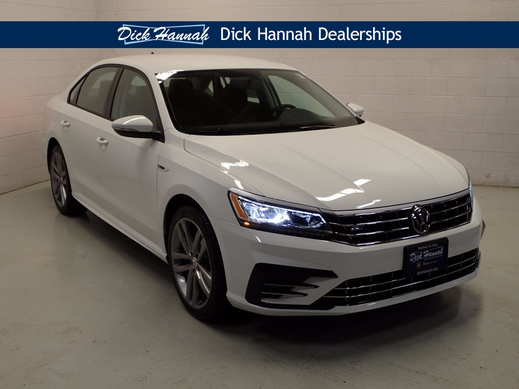 new 2018 volkswagen passat 2 0t r line 4d sedan in vancouver wv18092 dick hannah volkswagen. Black Bedroom Furniture Sets. Home Design Ideas