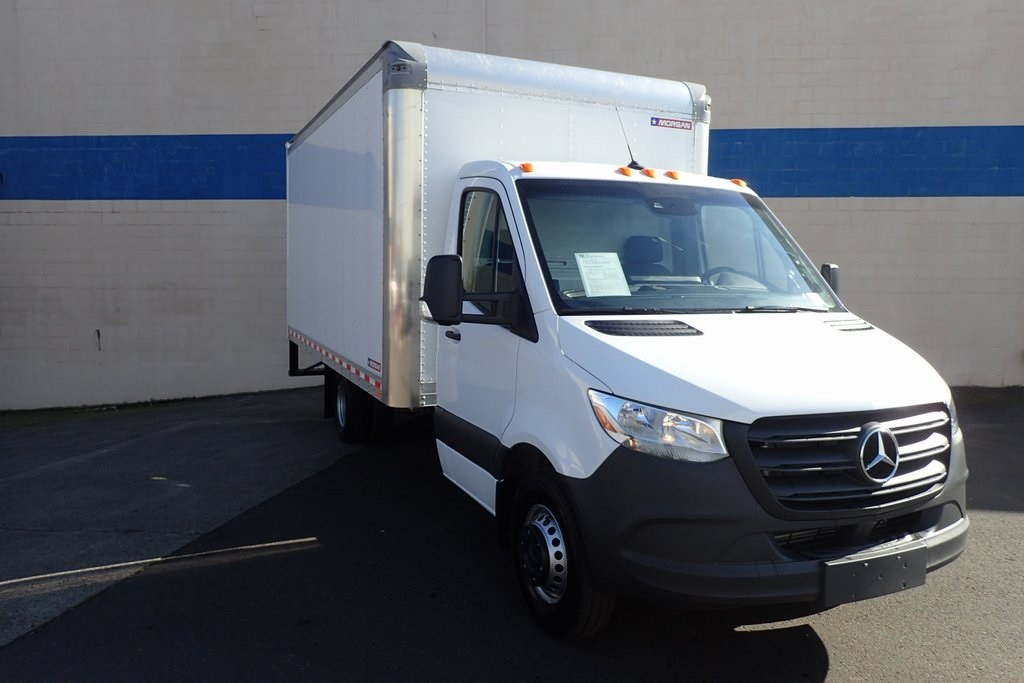 Pre-Owned 2019 Mercedes-Benz Sprinter 3500 Cab Chassis 144 WB